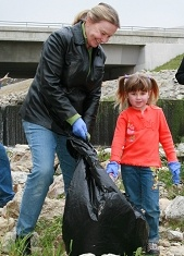 Arroyo Cleanup Participants